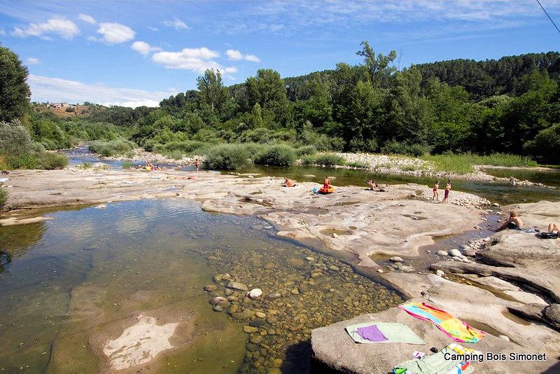 Bois Simonet Campingà Joyeuse en Ard u00e8che (07), 20 km de Vallon Pont d'Arc # Camping Bois Simonet Joyeuse