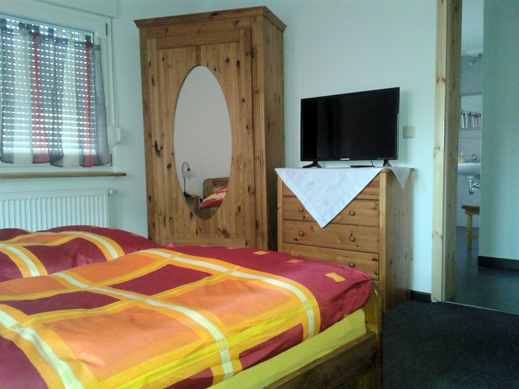 Chambres d 39 h tes pension auenwald chambres d 39 h tes kehl for Auenwald pension