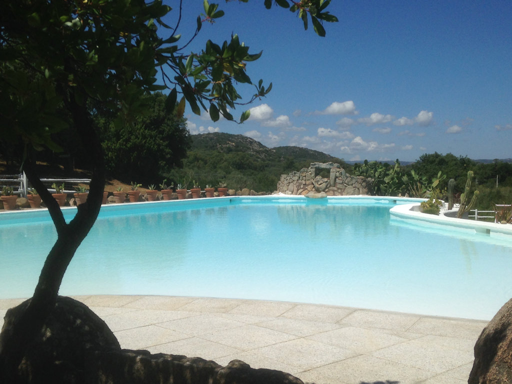 Holiday In Sardinia Camera Nei Arzachena Sardinia Italia Costa Smeralda