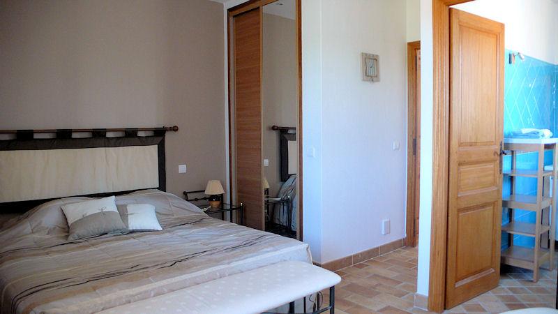 chambres d 39 h tes bastide des eucalyptus chambres d 39 h tes antibes juan les pins alpes maritimes. Black Bedroom Furniture Sets. Home Design Ideas