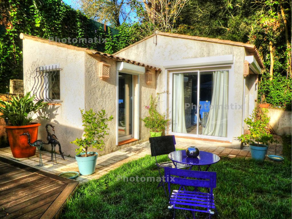 Mobilier De Jardin Alpes Maritimes chambres d'hôtes - dans un jardin, chambre mandelieu-la