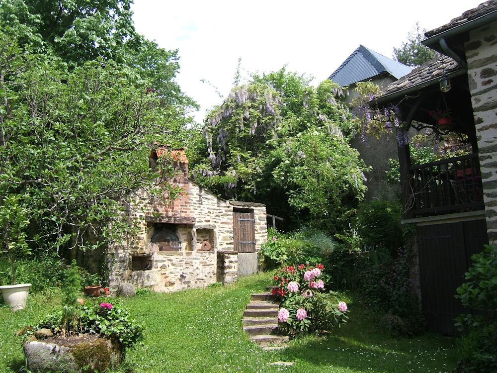 Chambres d 39 h tes mas du cantou chambres saint parthem dans l 39 aveyron 12 vall e du lot - Chambre d hote en aveyron ...