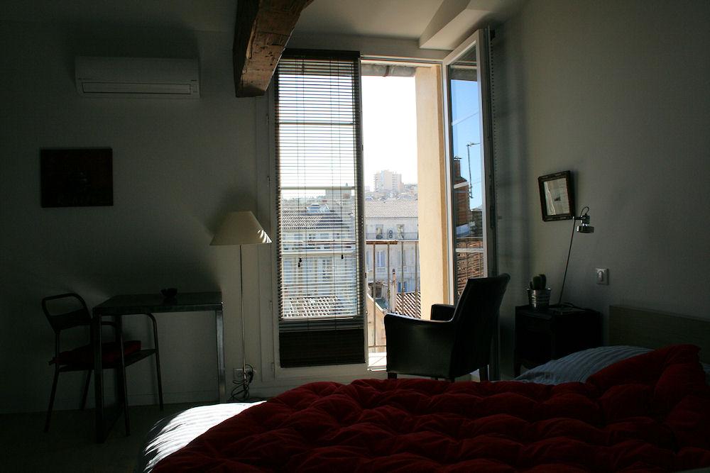Chambre d 39 h tes studio de charme le bougainvill e chambre marseille dans les bouches du - Chambres d hotes marseille ...