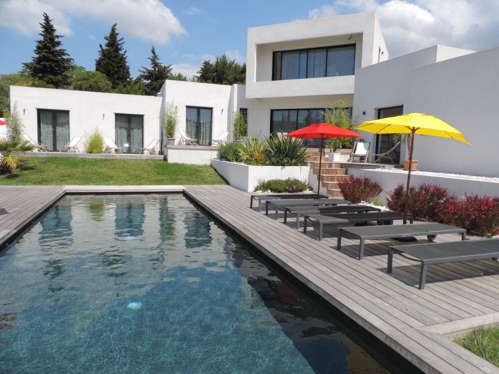 affittacamere villa le sud camere b b cassis. Black Bedroom Furniture Sets. Home Design Ideas