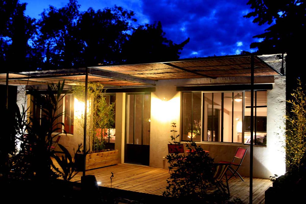 chambres d 39 h tes mas de margaillan chambres d 39 h tes arles. Black Bedroom Furniture Sets. Home Design Ideas