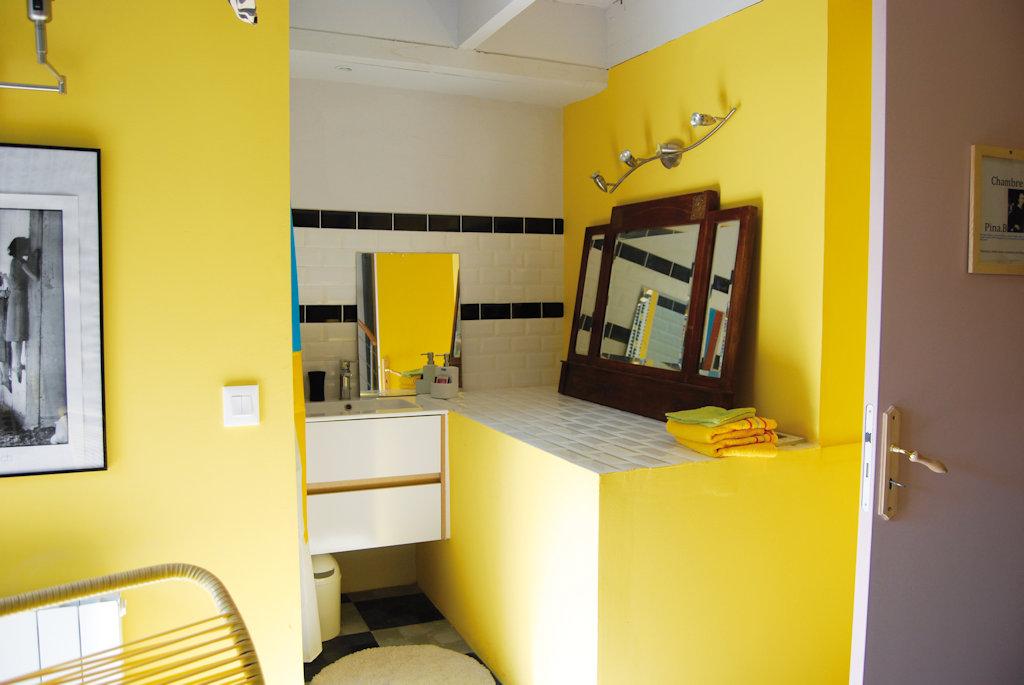 Chambres d 39 h tes larguez les mes art chambres d 39 h tes marseille - Chambres d hotes marseille ...