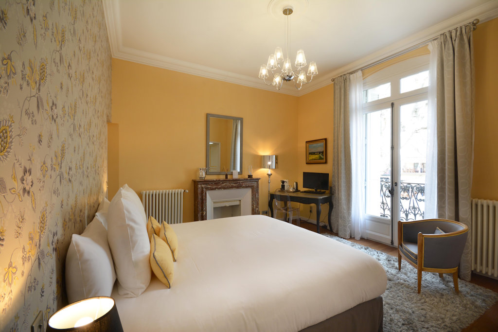 Chambres d 39 h tes villa m chambres d 39 h tes arles provence for Chambre d hote arles