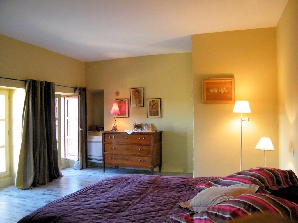 chambre d 39 h tes du hameau chambre eygali res dans les bouches du rh ne 13 provence c te d. Black Bedroom Furniture Sets. Home Design Ideas