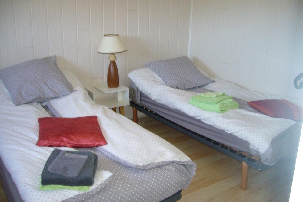 chambres d 39 h tes domaine de la tortue chambres d 39 h tes bayeux normandie. Black Bedroom Furniture Sets. Home Design Ideas