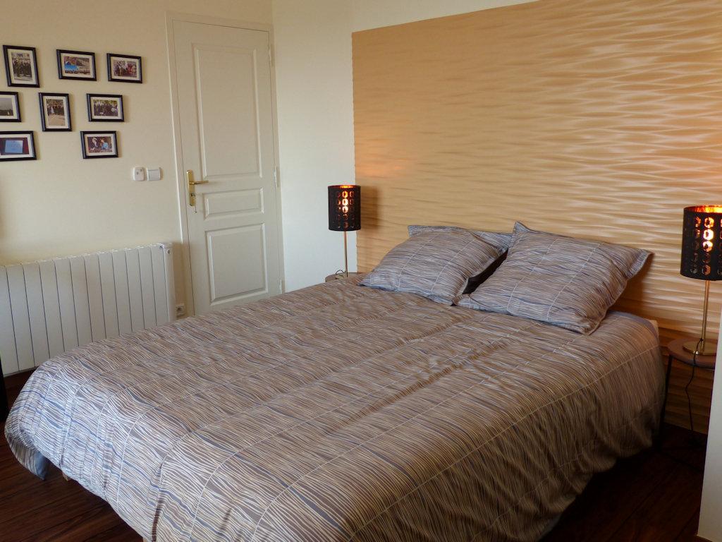 chambre d 39 h tes le ruban bleu chambre arromanches les bains dans le calvados 14 bessin. Black Bedroom Furniture Sets. Home Design Ideas