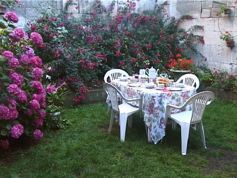 Bed breakfast au jardin du roy kamers b b rochefort for Au jardin welkom