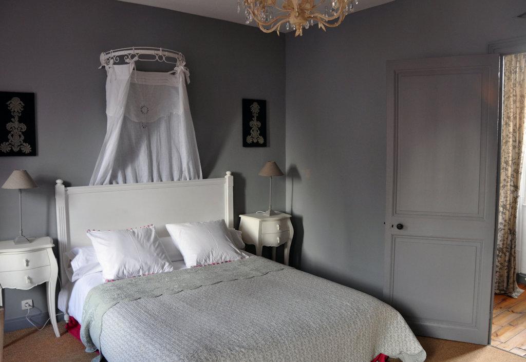 Chambres d 39 h tes la maison du baloir chambres thair for Chambre d hotes champagne region