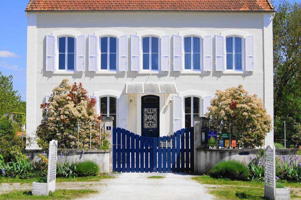 5, Rue Des Martyrs   17320 MARENNES Charente Maritime