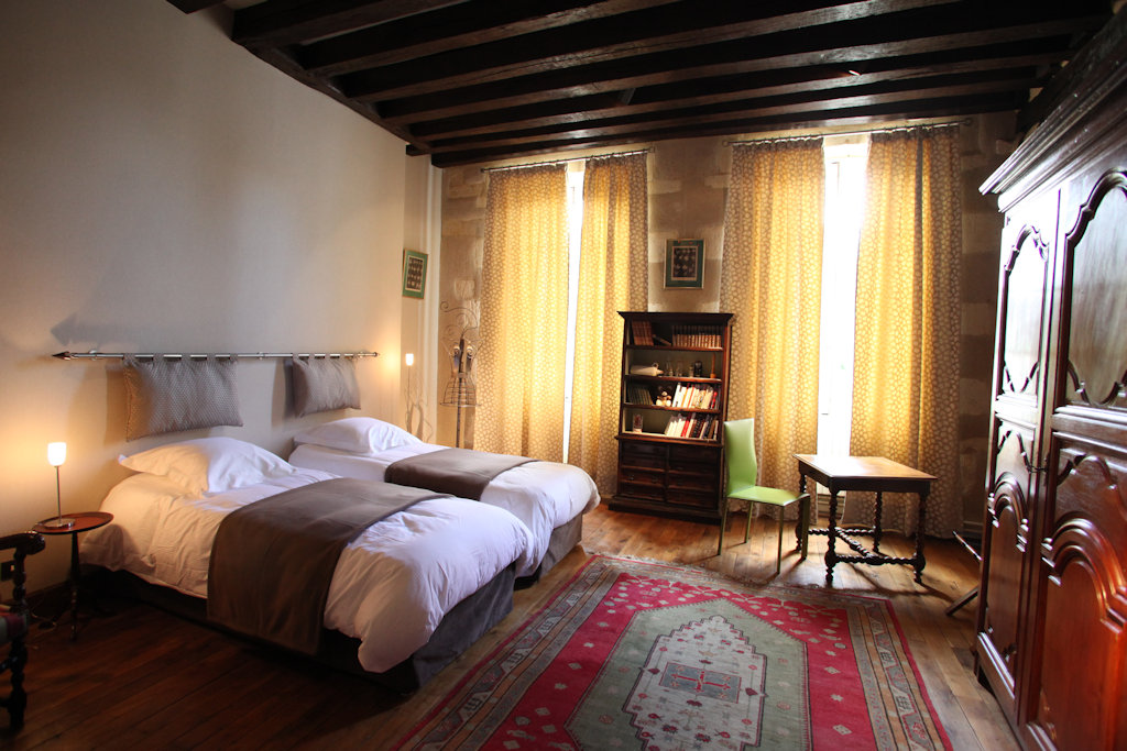 chambres d 39 h tes c ur de bourges chambres d 39 h tes bourges centre val de loire. Black Bedroom Furniture Sets. Home Design Ideas