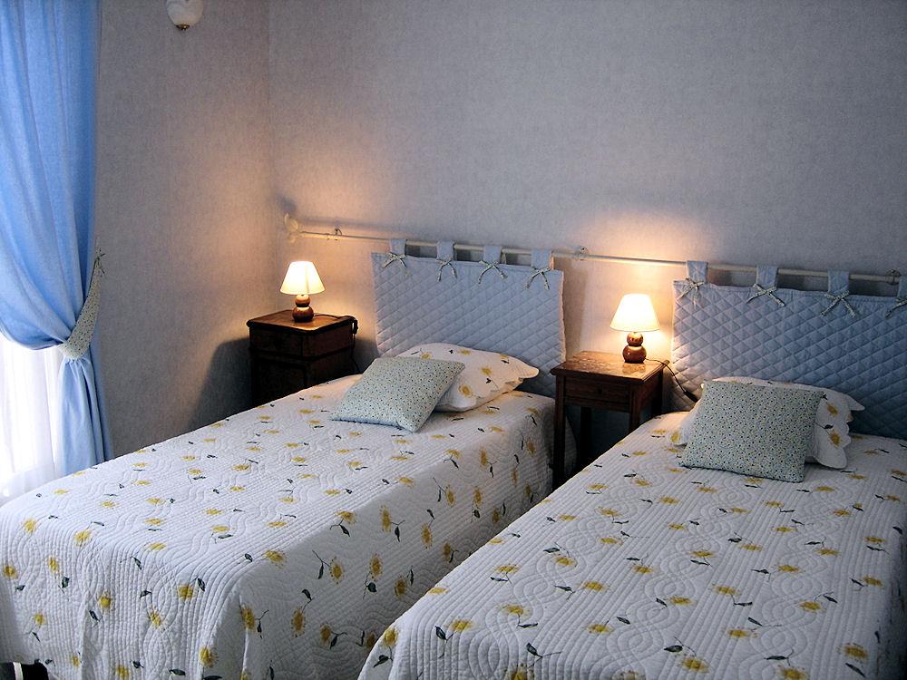 Chambres d 39 h tes les cistelles chambres saint nicolas l s c teaux en c te d 39 or 21 9 km de - Chambre hote nuit saint georges ...