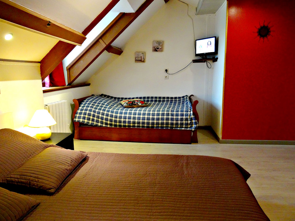 Chambres d 39 h tes datcha bourguignonne chambres d 39 h tes maconge auxois beaune morvan canal - Chambre d hote savigny les beaune ...