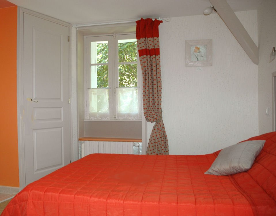 Chambres d 39 h tes les tilleuls chambres et suite sarlat for Chambre hote 24