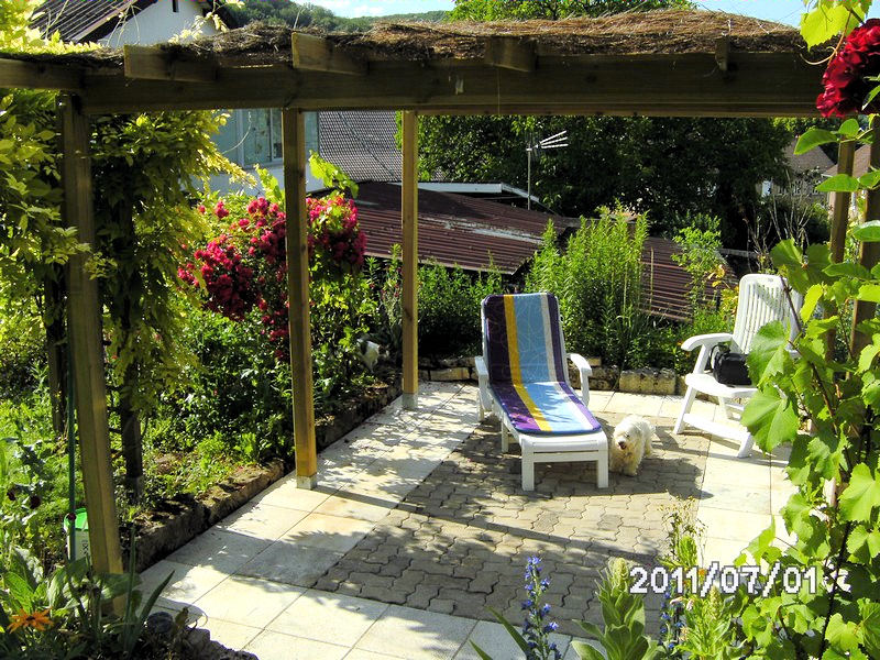 Bed breakfast au jardin fleuri rooms glay franche for Au jardin les amis sunday brunch