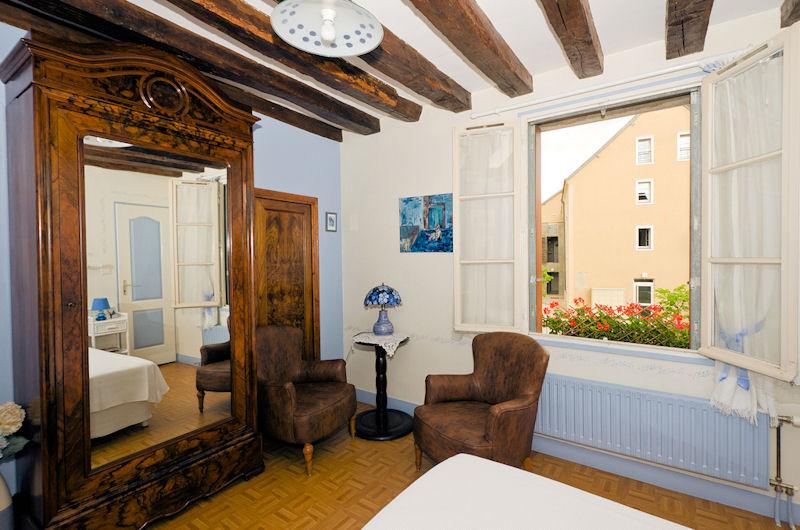 Guesthouse les conviv 39 h tes chambres d 39 h tes chartres - Chambres d hotes chartres centre ville ...