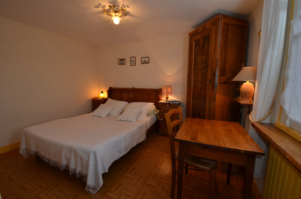 Guesthouse les conviv 39 h tes chambres d 39 h tes chartres r gion centre - Chambres d hotes chartres ...