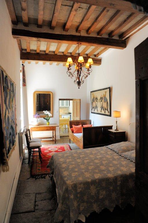 chambres d 39 h tes bed and art chambres et suite familiale calvisson camargue. Black Bedroom Furniture Sets. Home Design Ideas