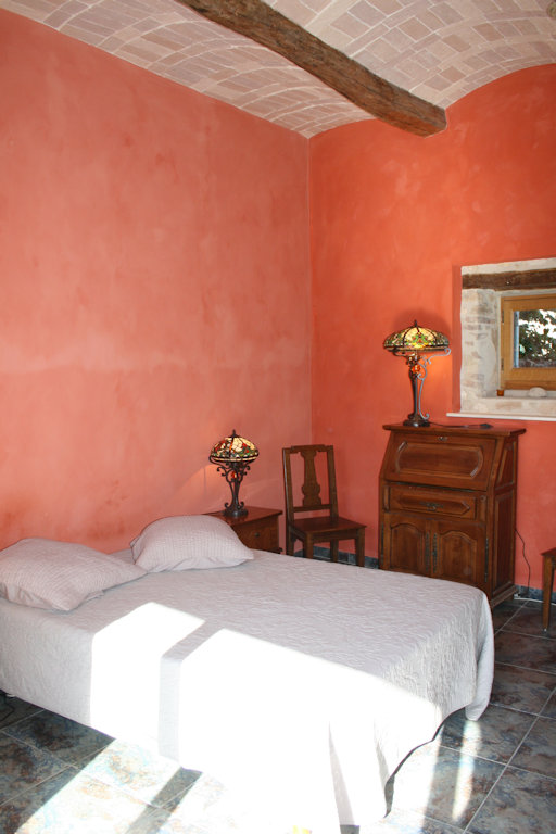 Chambre d 39 h tes la belle de lumi re chambres d 39 h tes saint andr de roquepertuis vall e de la - Chambre d hote goudargues ...