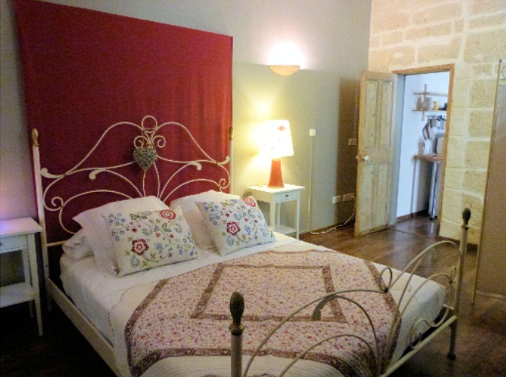 chambres d 39 h tes gite en petite camargue chambres et suite vauvert dans le gard 30 la. Black Bedroom Furniture Sets. Home Design Ideas