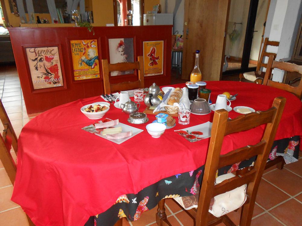 Chambre d 39 h tes ari chez jo lle et michel chambre - Chambres et tables d hotes dans le gers ...