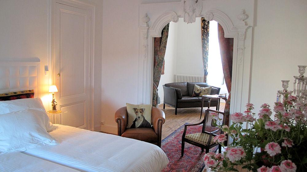 Chambre d 39 h tes la maison bordelaise bedroom in bordeaux for Chambre d hotes aquitaine