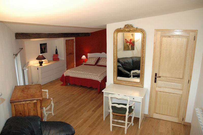 chambre d 39 h tes la vigneronne chambre murviel l s b ziers dans l 39 h rault 34 15 km de b ziers. Black Bedroom Furniture Sets. Home Design Ideas