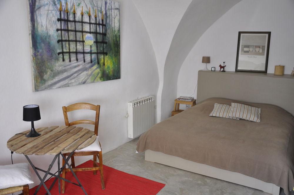 chambre d 39 h tes les vo tes chambre aniane dans l 39 h rault 34 vall e de l 39 h rault. Black Bedroom Furniture Sets. Home Design Ideas