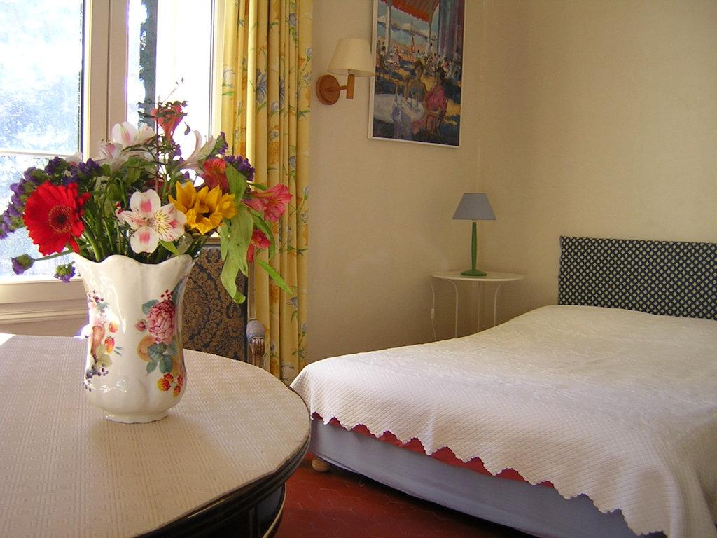 Chambres d 39 h tes la vagance chambres montpellier dans - Chambres d hotes dans l herault ...