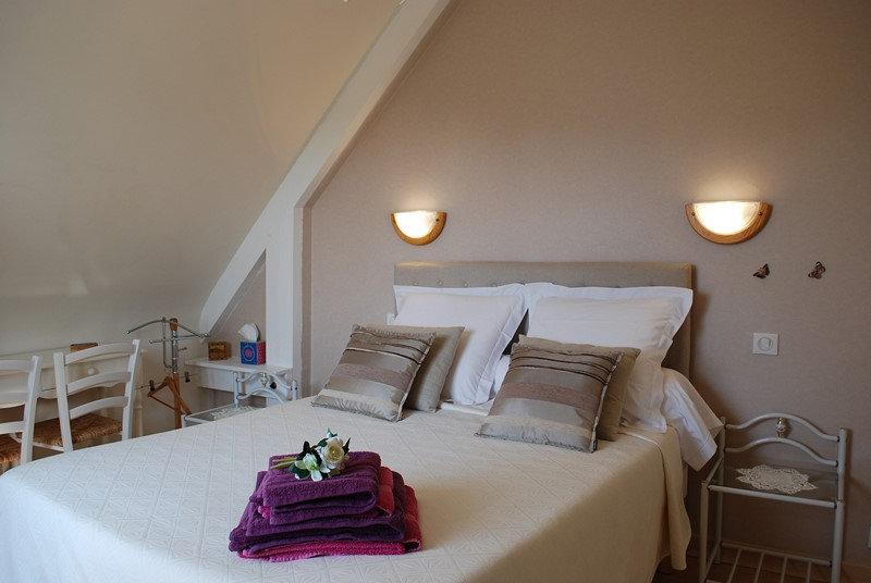 chambres d 39 h tes chambres d 39 h tes saint m loir des ondes baie du mont saint michel. Black Bedroom Furniture Sets. Home Design Ideas