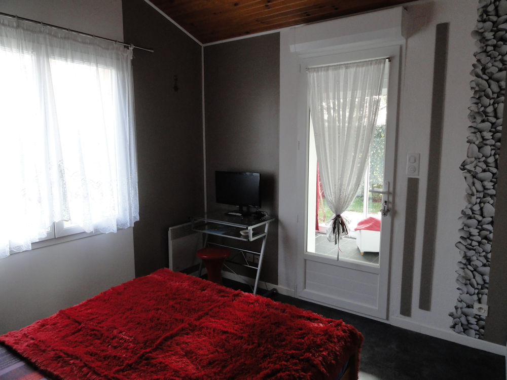 chambres d 39 h tes dans villa landaise chambres angresse dans les landes 40 sud des landes. Black Bedroom Furniture Sets. Home Design Ideas