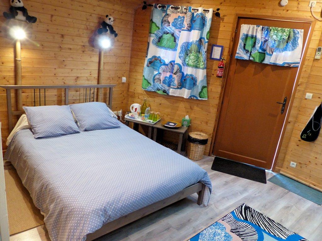 chambres d'hôtes les dauphins de mareuil, chambres, suite