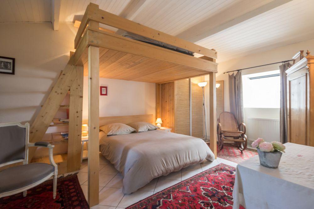 Chambre d 39 h tes la maison des tortues chambre saint for Auberge de jeunesse tadoussac maison majorique