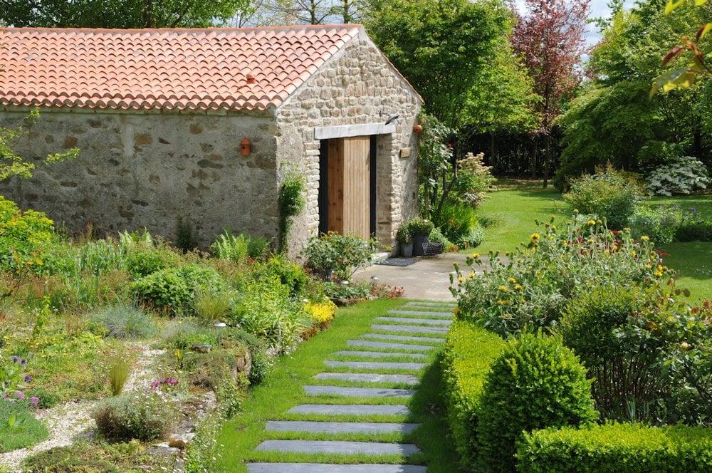 chambre d 39 h tes le jardin de la terrousais bedroom in saint etienne de montluc en loire. Black Bedroom Furniture Sets. Home Design Ideas