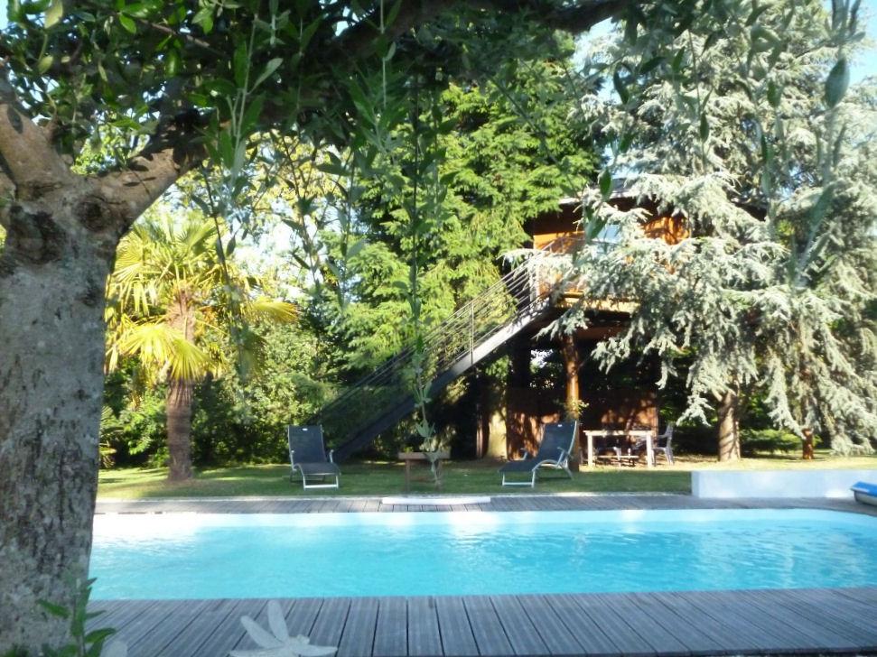 Chambre d 39 h tes le nid la cabane cabane port saint - Chambre d hote cabane dans les arbres ...