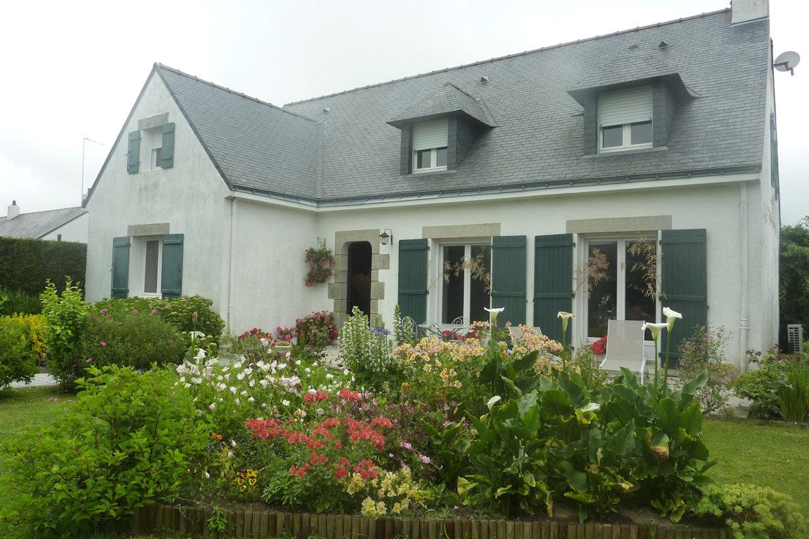 Chambres d\'hôtes Au Jardin Fleuri, chambre et suite familiale Saint ...