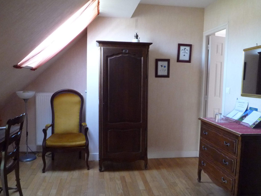 Chambres d 39 h tes le caillou chambres cl ry saint andr for Chambre hote 45