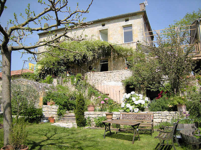 bed breakfast la maison sur la colline room mauroux quercy blanc