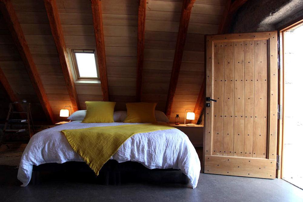 chambres d 39 h tes buron de cap combattut chambres marchastel en loz re 48 plateau de l 39 aubrac. Black Bedroom Furniture Sets. Home Design Ideas