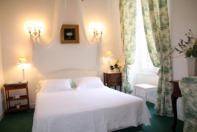 chambre d'hote cholet 1 rue barjot