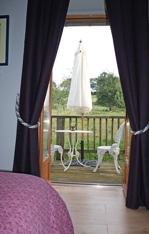 Chambres d 39 h tes la m tairie chambres d 39 h tes marcilly - Chambre d hote baie du mont saint michel ...