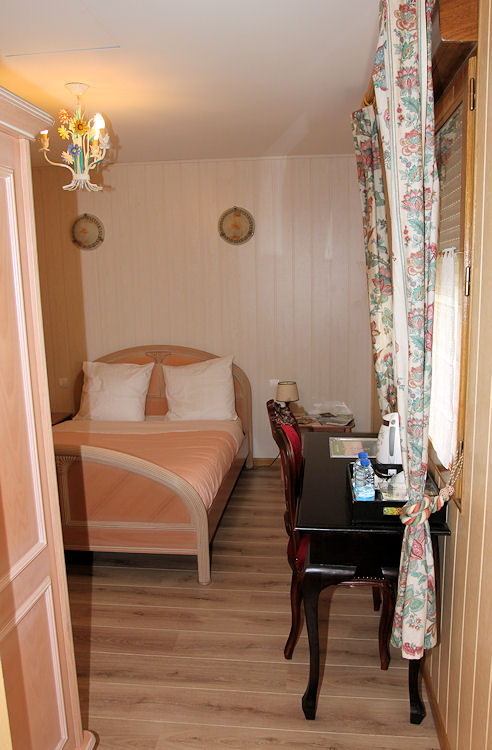 Chambres d 39 h tes le petit moulin chambres prouilly for Chambre d hotes champagne region