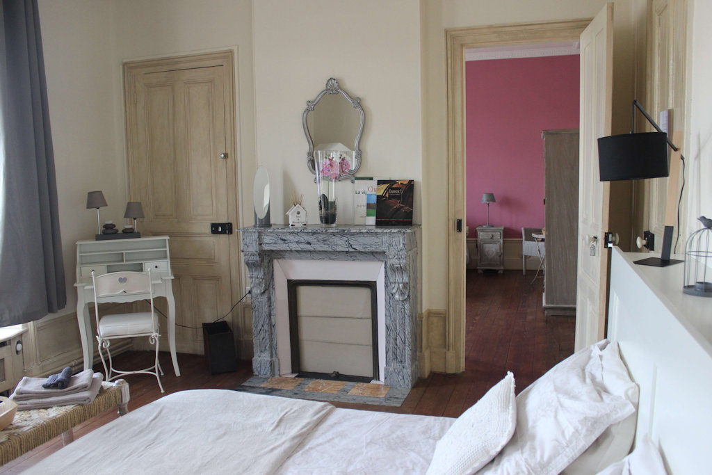 Chambres d 39 h tes la poterne chambres d 39 h tes pernay for Chambre d hote epernay