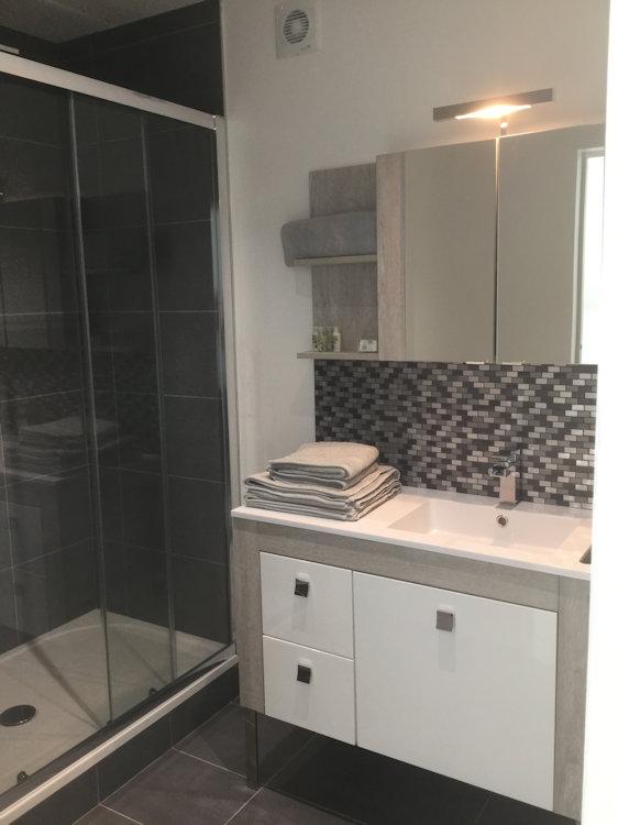 chambres d 39 h tes le clos des roys chambres d 39 h tes reims dans la cit des sacres en champagne. Black Bedroom Furniture Sets. Home Design Ideas