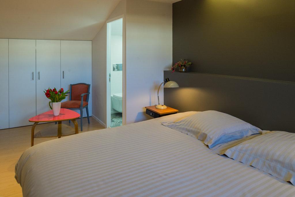 chambre d 39 h tes de la place d 39 alliance chambre nancy. Black Bedroom Furniture Sets. Home Design Ideas