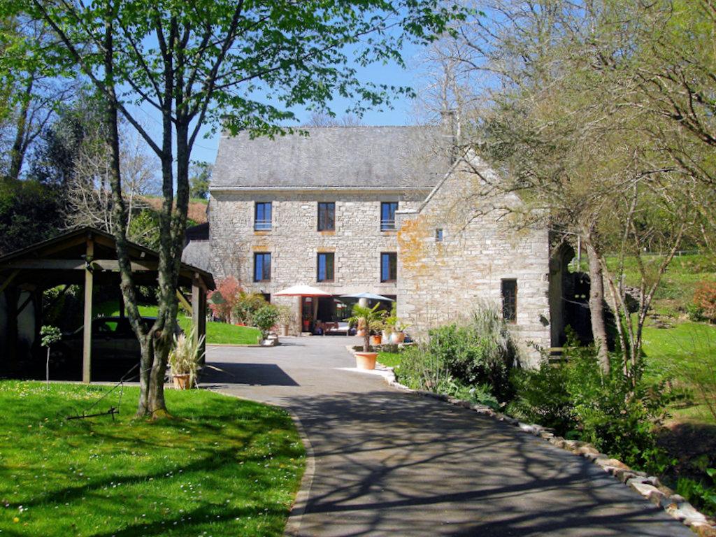 Chambres D Hotes Le Moulin De Lesneve Chambres Saint Ave