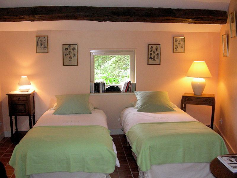 chambre d 39 h tes les potini res chambre cuissai dans l 39 orne 61 15 km d 39 alen on. Black Bedroom Furniture Sets. Home Design Ideas